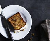 Mulled apple and spelt loaf