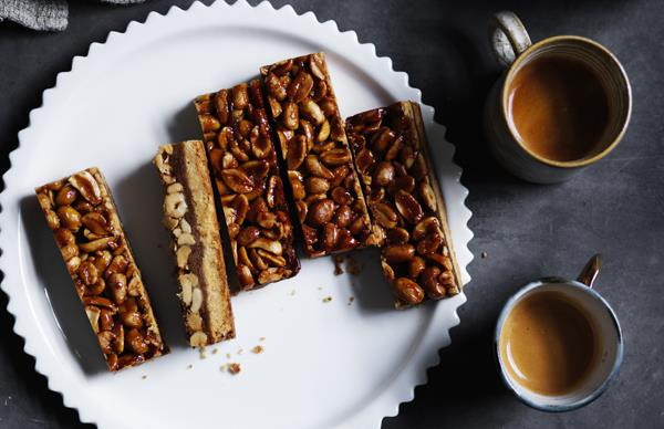 Lemonpi's peanut and miso shortbread bars