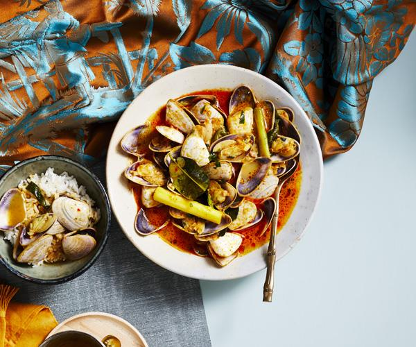 "**[Pipis with Batak sauce](https://www.gourmettraveller.com.au/recipes/chefs-recipes/pipis-with-batak-sauce-16366|target=""_blank"")**"