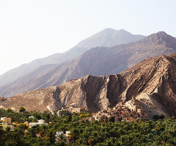 The town of Birkat Al Mawz at the foot of the Jabal Akhdar range