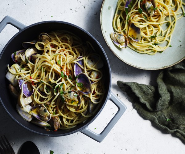 "[Spaghettini with pipis](https://www.gourmettraveller.com.au/recipes/fast-recipes/spaghettini-with-pipis-16481|target=""_blank"")"