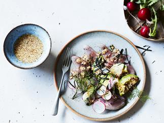 Sashimi with nori salt, avocado and ginger