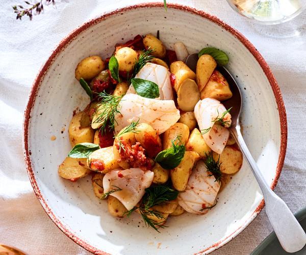 "**[Phil Wood's kipfler potato and calamari Greek salad](https://www.gourmettraveller.com.au/recipes/chefs-recipes/potato-calamari-salad-16606 target=""_blank"")**"