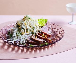 Spiced duck and papaya salad