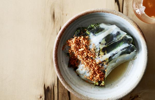 Charred broccoli, pork broth and lardo