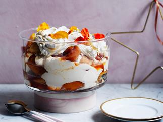 Trifle with madeleines, lemon curd and peaches