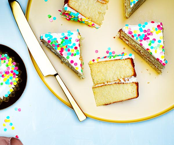 "**[Fairy-bread cake](https://www.gourmettraveller.com.au/recipes/browse-all/fairy-bread-cake-16842|target=""_blank"")**"