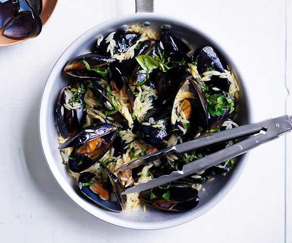 "[One-pot recipe for mussels with risoni and herbs](https://www.gourmettraveller.com.au/recipes/fast-recipes/mussels-risoni-herbs-16918|target=""_blank"")"