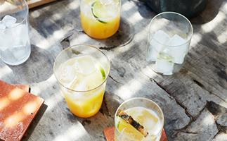 Pineapple-Assam agua fresca