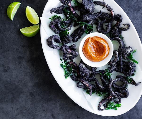 Calamari fried in its ink with chilli aioli