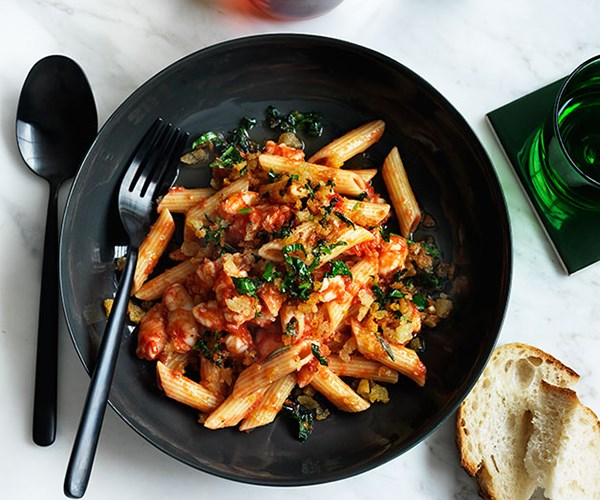 "**[Penne with prawns and fra diavolo sauce](https://www.gourmettraveller.com.au/recipes/fast-recipes/penne-with-prawns-and-fra-diavolo-sauce-13634|target=""_blank"")**"
