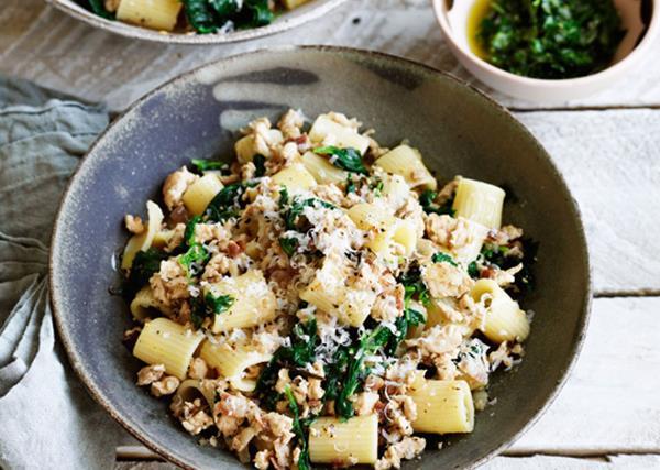 Rigatoni with chicken ragù and green sauce recipe
