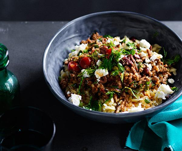 "**[Lamb with orzo and olives](https://www.gourmettraveller.com.au/recipes/fast-recipes/lamb-with-orzo-and-olives-13818|target=""_blank""