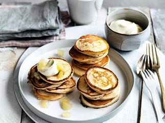 Pikelets with pear jam