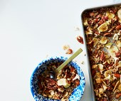 Apple and pecan quinoa granola