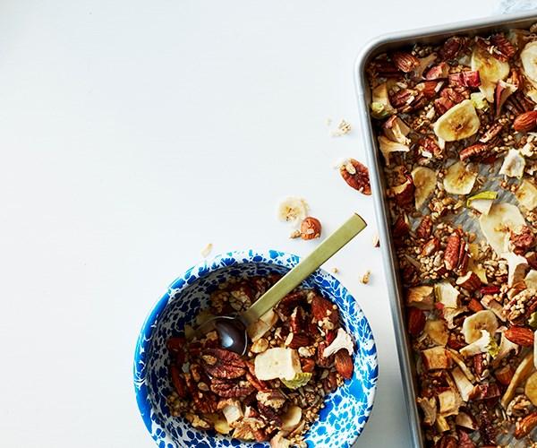 "[Apple and pecan quinoa granola](https://www.gourmettraveller.com.au/recipes/healthy-recipes/granola-apple-pecan-quinoa-17045|target=""_blank"")"