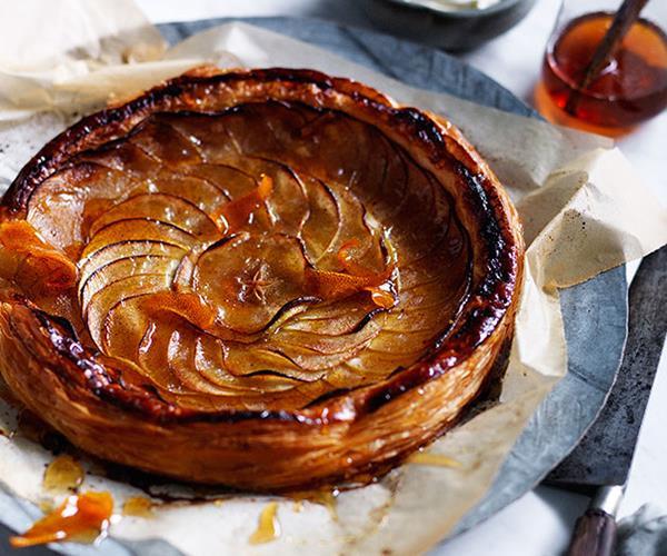 Tarte fine aux pommes (fine apple tart)