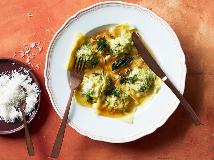 "**[A cheat's recipe for spinach and ricotta ravioli](https://www.gourmettraveller.com.au/recipes/fast-recipes/spinach-ricotta-ravioli-17247|target=""_blank"")**"