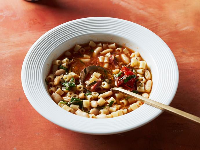 "**[Fast pasta e fagioli recipe (ditali and beans with pancetta)](https://www.gourmettraveller.com.au/recipes/fast-recipes/fast-pasta-fagioli-17250|target=""_blank"")**"