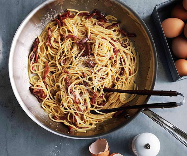 "**[Creamy (and dreamy) pasta recipes](https://www.gourmettraveller.com.au/recipes/recipe-collections/creamy-pasta-recipes-17298|target=""_blank"")**"