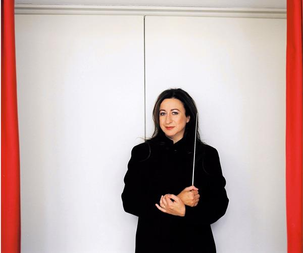 Conductor Simone Young