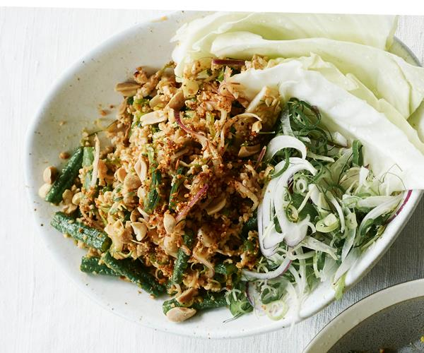 "**[Sunda's Thai-style chicken larb](https://www.gourmettraveller.com.au/recipes/chefs-recipes/chicken-larb-recipe-17481|target=""_blank"")**"