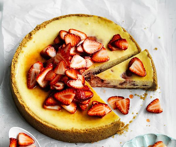 "**[Curtis Stone's strawberry and almond cheesecake](https://www.gourmettraveller.com.au/recipes/chefs-recipes/curtis-stones-strawberry-and-almond-cheesecake-8549|target=""_blank"")**"