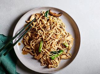 Braised Yi-fu noodles