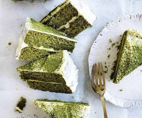 Matcha layer cake with white chocolate cream recipe