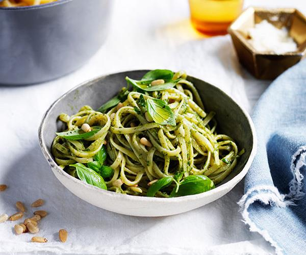 "**[Linguine with pesto](https://www.gourmettraveller.com.au/recipes/fast-recipes/linguine-with-pesto-13699|target=""_blank"")**"