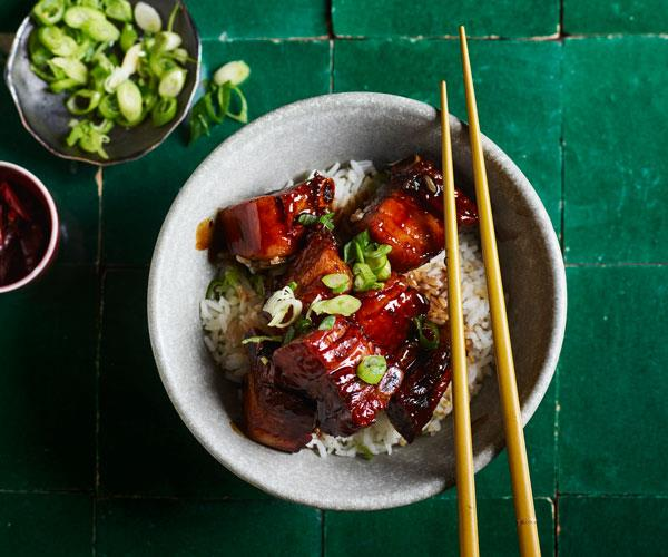 "**[Tony Tan's quick-braised pork ribs](https://www.gourmettraveller.com.au/recipes/fast-recipes/chinese-braised-pork-ribs-17799|target=""_blank""|rel=""nofollow"")**"