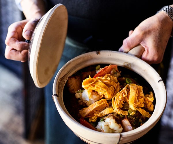 """**[Lau's Family Kitchen's prawns and char siu with vermicelli in a claypot](https://www.gourmettraveller.com.au/recipes/chefs-recipes/prawns-and-char-siu-claypot-17837