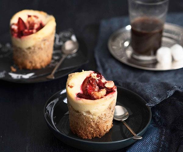 "**[https://www.gourmettraveller.com.au/recipes/browse-all/plum-and-ricotta-crumble-cakes-10547](|target=""_blank"")**"