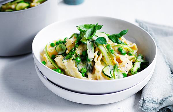 Pasta and greens