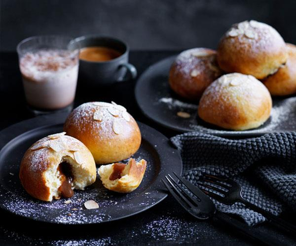 "**[Caramel brioche buns](https://www.gourmettraveller.com.au/recipes/browse-all/caramel-brioche-buns-12494|target=""_blank"")**"