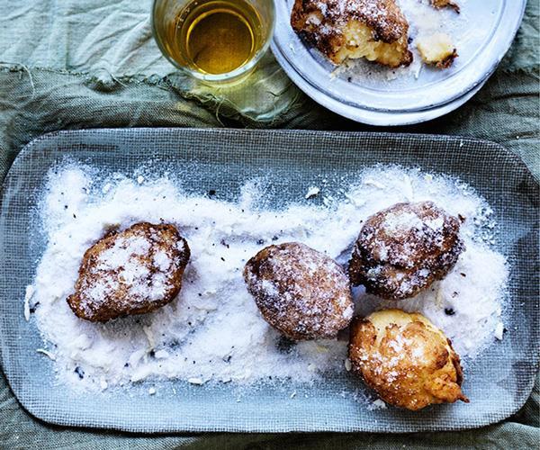 "**[Lemon custard fritters](https://www.gourmettraveller.com.au/recipes/browse-all/lemon-custard-fritters-12313|target=""_blank"")**"