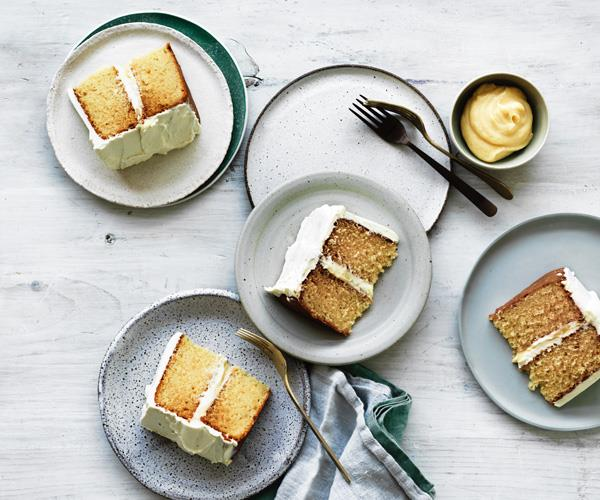 """**[Brown butter cake with lemon curd and white chocolate cream](https://www.gourmettraveller.com.au/recipes/browse-all/brown-butter-cake-with-lemon-curd-and-white-chocolate-cream-12819
