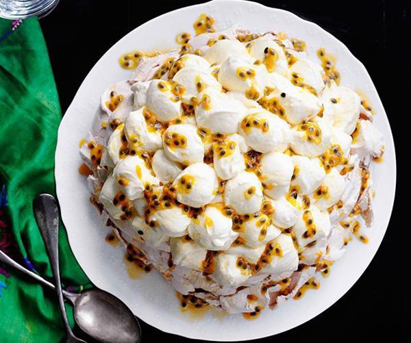 "**[Rockpool Bar & Grill's passionfruit pavlova](http://www.gourmettraveller.com.au/recipes/chefs-recipes/rockpool-bar-and-grills-passionfruit-pavlova-7557|target=""_blank"")**"
