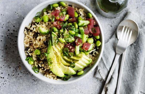 Avocado and tuna brown rice bowl