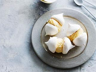 Milko meringue ice-cream sandwiches