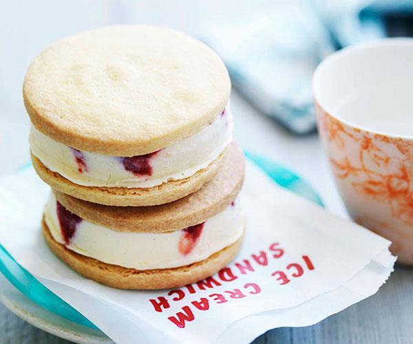 Strawberry ice-cream and fudge sandwiches