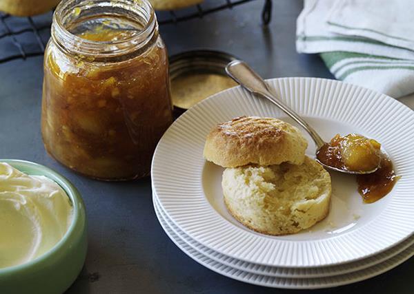 Easy scones with jam and cream
