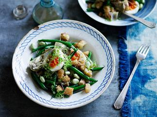 Artichoke salad with green beans, egg and anchovy dressing