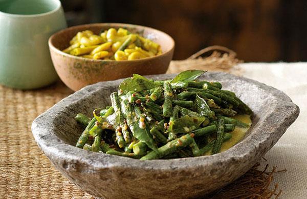 Peter Kuruvita: Snake bean curry