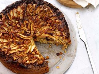 Flourless apple, almond, raisin and ginger cake