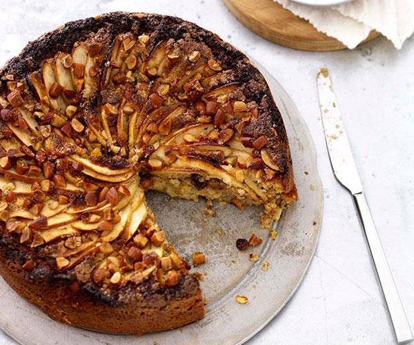 Flourless apple, almond, raisin and ginger cake
