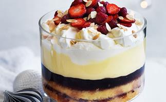 Amontillado sherry and raspberry trifle