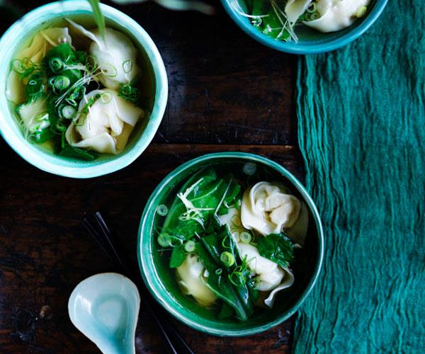 "**[Kylie Kwong's Cantonese-style prawn and wonton soup](https://www.gourmettraveller.com.au/recipes/chefs-recipes/cantonese-style-prawn-wonton-soup-8612|target=""_blank"")**"