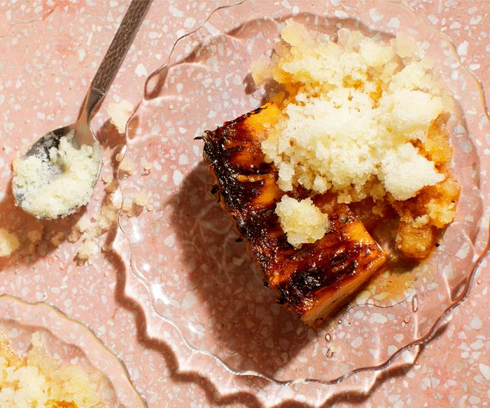 Grilled pineapple with pineapple granita