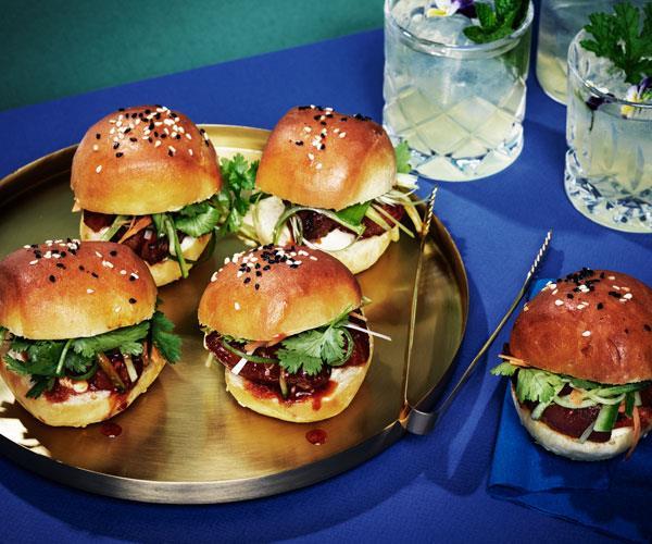 "**[Milk buns with sticky roast pork](https://www.gourmettraveller.com.au/recipes/browse-all/milk-buns-pork-18100|target=""_blank"")**"